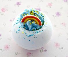 ✦such a cool bath bomb!