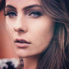 Beleza para produção de moda feito por Sandra Rochembach Fotografia de Alesi Ditadi Cliente Rede Paludo