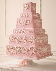This is why I don't make wedding cakes, wow.  Beautiful but tons of work!
