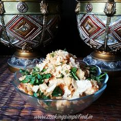 Churmur is a popular street food from Kolkata and as the name suggests, is made by crushing (chura) and mixing ingredients. Kolkata, Street Food, Cauliflower, Foodies, Club, Chicken, Vegetables, Cooking, Kitchen