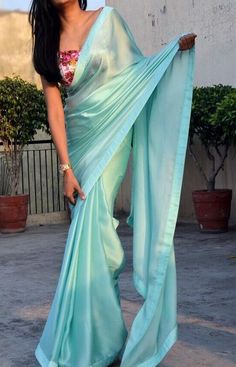 Buy sea green silk georgette saree sarees online in india colorauction Trendy Sarees, Stylish Sarees, Fancy Sarees, Party Wear Sarees, Simple Sarees, Silk Saree Blouse Designs, Saree Blouse Patterns, Dress Indian Style, Indian Dresses