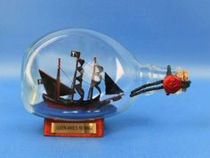 "Blackbeard's Queen Anne's Revenge Pirate Ship in a Bottle 7"" SHIPS IN A BOTTLES 