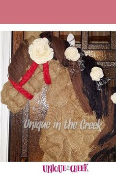 🐎🐎🐎Giddy UP! #diywreath Hello horse fans! This weekend, July 24th through 26th, we're offering Buy One Get One Free on our horse wreath boards! 🐴 Since the Kentucky Derby is coming up on September 5th, we'd like to give you a chance to prepare some beautiful horse wreaths. What will you create? #diy #wreath #horsewreath #uitc Diy Party Decorations, Bridal Shower Decorations, Christmas Decorations, Holiday Decor, Frame Wreath, Diy Wreath, Wreath Making, How To Make Diy, How To Make Wreaths
