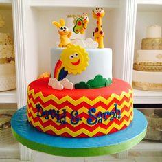 Baby TV party time! #fun #cake #cakeart #nofilter #chevron #babytv #birthday #birthdaycake #fondant #fiestaspanama #delicatessepostres Follow us at Facebook @DelicatessePostres | Flickr - Photo Sharing!