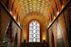 loves the Pewabic Pottery in the Guardian Building. Sweden Places To Visit, Pewabic Pottery, Chrysler Building, Building Art, Detroit Michigan, Beautiful Architecture, Architectural Elements, Public Art, The Guardian