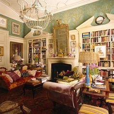 Some rooms cause me to pause...this compels me to stay for a long time. Props to homeowner and style maker #HamishBowles #InteriorDesign #MillionDollarDecorating #interiorArchitecture #InteriorIdeas