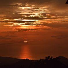 Un atardecer cienaguero visto desde la #sierranevada #paloalto #minca #montereylocals #pacificgrovelocals- posted by Nalley Leon https://www.instagram.com/nalleyleon. See more of Pacific Grove, CA at http://pacificgrovelocals.com