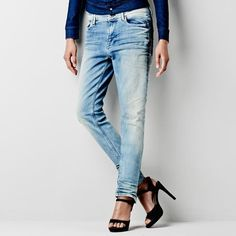 G-Star 3301 is a style neutral denim with classic construction. G Star Raw Jeans, Denim Jeans, Mom Jeans, Casual Wear Women, Perfect Boyfriend, Denim Branding, Tapered Jeans, What I Wore, Fashion Styles