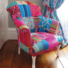 Tapizar muebles con diferentes telas se ve muy cool