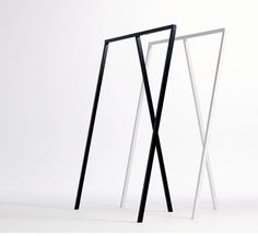 A simple clothes stand that is perfect in hallways, offices and bedrooms. From Danish design master, HAY. Powder coated steel in three colour options. Two sizes. Clothing Store Displays, Clothing Store Design, Modegeschäft Design, Hall Wardrobe, Clothes Stand, Clothes Rail, Diy Room Divider, Simple Closet, Love Your Home