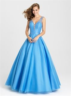 Shop for Madison James designer prom dresses and formal gowns at PromGirl. Elegant long pageant dresses and designer strapless formal ball gowns. Prom Dresses 2016, Pageant Dresses, Bridesmaid Dresses, Prom 2016, Prom Gowns, Party Dresses, Long Formal Gowns, Formal Evening Dresses, Evening Gowns
