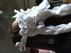 Fun game at a Tangled themed bridal shower- make braids and rapunzle hair out of tp in a race to see whose is the longest and prettiest- judged by the bride. Tangled Birthday, Rapunzel Hair, Bridal Shower Games, Fun Games, Holi, Braids, Creative, Funny, Shower Ideas