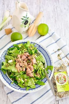 Tasty, Yummy Food, Food Art, Cobb Salad, Food And Drink, Cooking Recipes, Meals, Chicken, Drinks