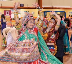 How Gujaratis celebrate Navratri in Australia with Music, dance and loads of fun