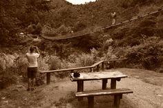 https://flic.kr/p/B9ZsNR   NZ 2015   Yo sola en el puente colgante