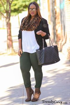 Plus Size Casual Outfit - Trendy Curvy - Plus Size Fashion