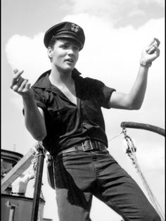 Elvis Presley is one of those names that pretty much everyone in the western world has heard of. Born on January Elvis became one of the most Elvis Presley Movies, Elvis Presley Photos, Thats The Way, Graceland, In Kindergarten, In Hollywood, Rock N Roll, My Idol, Actors & Actresses
