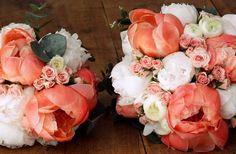 décoration mariage corail rouge blanc et pêche - Recherche Google