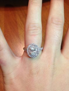 In love with my new Neil Lane oval engagement ring!!!
