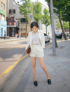Brown satchel bag Black Heeled Shoes White Cream Shorts Brown/Gold Small mini belt Pokidots top White/Cream Long sleeve blazer