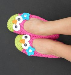Crochet owl slippers! #crochet #owls