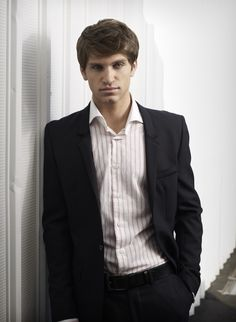 WHY does he have to be on the bad guys team!!!!!  Pretty Little Liars | Photos | New Pretty Little Liars Cast Photos!