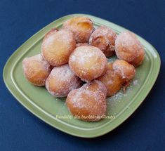 Healthy Dessert Recipes, Delicious Desserts, Healthy Food, Romanian Food, Romanian Recipes, Something Sweet, Pretzel Bites, Bakery, Deserts