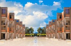 Salk Institute for Biological Studies as seen from the central courtyard (Photo: Salk Institute)