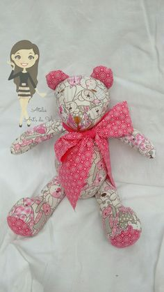 Urso rosa, pernas articuladas