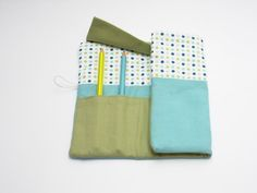 Handmade pencil roll holder for kids with by robedellarobi on Etsy, €16.00