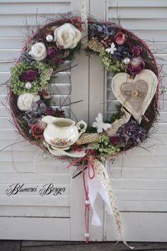 Couronne Shabby Chic, Teacup Crafts, Grapevine Wreath, Decoupage, Christmas Wreaths, Easter, Holiday Decor, Spring, How To Make