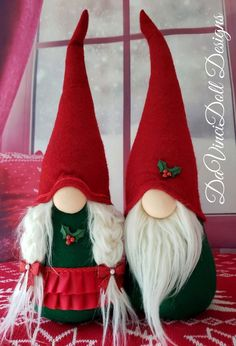 Limited Edition Holiday Gnome Set by DaVinciDoll Designs One of a kind Holiday Gnome Set! Features bendable hats to position anyway you desire! Weighted bottoms for extra stability! Holly embellishments and red glittering ribbons adorne these special gnomes! Quality made so you and your family can Christmas Gnome, Christmas Holidays, Christmas Decorations, Christmas Stockings, Holiday Crafts, Fun Crafts, Holiday Decor, Nativity Ornaments, Scandinavian Gnomes