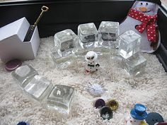 This week I made the children a couple of Christmas themed sensory tubs to explore. I intially planned to make one, but because of the diff. Sensory Tubs, Sensory Boxes, Sensory Play, Snow Activities, Sensory Activities, Christmas Activities, Preschool Christmas, Christmas Ideas, Winter Fun