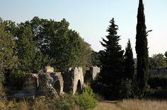 Aqueduc romain de Barbegal.Fontvieille . Provence-Alpes- Côte d'Azur