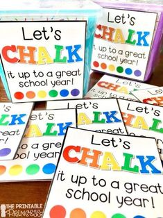 Easy End of the Year Gifts for Students Teacher Appreciation Gifts, Teacher Gifts, Teacher Stuff, Kindergarten Gifts, End Of Year Activities, End Of School Year, School Days, Kindergarten Graduation, Thing 1