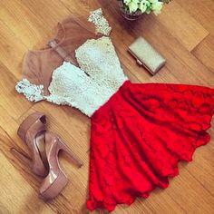 Encontre Vestidos curto de festa em Renda Branca e Vermelha com Tule nos Ombros…