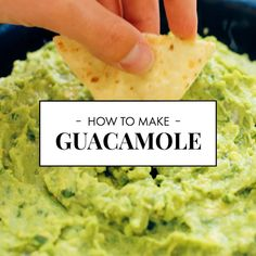 Best Guacamole Learn how to make the BEST guacamole with this simple recipe! This real recipe is so easy to prepare that it will be perfect every time! Guacamole – the best authentic recipe!Simple homemade guacamole (our favorite)Best homemade guacamole Best Guacamole Recipe, How To Make Guacamole, Avocado Recipes, Healthy Recipes, Snacks Recipes, Avocado Guacamole, Jello Recipes, Guacamole Recipe With Sour Cream, Appetizers