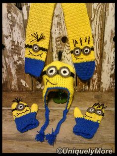 By buying them this way you will save 10% You get the Minion Hat, Minion Mittens and Minion Scarf! It is made to order so it can be made the way you want it.  This is such a fun set! It can be made in Blue and Yellow or Pink and Yellow.    I have the following sizes: 1-4 years 5-12 years Teen Womens Mens