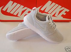 online store b3256 0e490 Women s Size 9 sneakers NIKE ROSHERUN White   Metallic Platinum 511882 103   Nike  Roshe