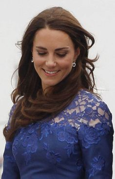 Catherine, Duchess of Cambridge, disembarks the HMCS Montreal in Quebec City July 3, 2011. (REUTERS)