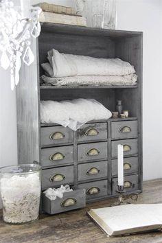 Storage ideas - http://yourhomedecorideas.com/storage-ideas-21/ - #home_decor_ideas #home_decor #home_ideas #home_decorating #bedroom #living_room #kitchen #bathroom #pantry_ideas #floor #furniture #vintage #shabby