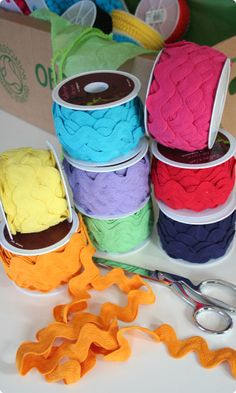 Big Fat Cotton Ric Rac - these would look cute in rainbow stripes around a skirt. Sewing Box, Sewing Notions, Handmade Crafts, Diy Crafts, Sewing Crafts, Sewing Projects, The Old Curiosity Shop, Sewing Baskets, Rick Rack