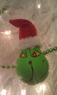 Grinch lightbulb ornament Grinch Stole Christmas, Christmas Ornaments, Holiday Crafts, Holiday Decor, Lightbulbs, Homemade Christmas, Amanda, Craft Ideas, Bright