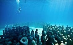 Jason deCaires Taylor Underwater Museum Installation