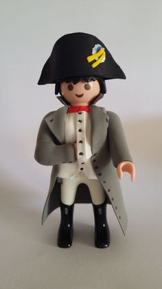 FIGURA CUSTOM NAPOLEON EJERCITO PLAYMOBIL Forte Apache, J Birds, Playmobil Toys, Assassin, Toy Display, Garbage Pail Kids, Lego Figures, Paper Crafts For Kids, Retro Toys