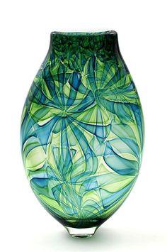 Handblown Art-Glass Flower Vase/Vessel by 'Bob Crooks'♥❦♥ Vase Design, Design Floral, Blown Glass Art, Art Of Glass, Vase Cristal, Glas Art, Pottery Vase, Ceramic Pottery, Glass Vessel