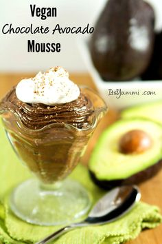 Vegan Chocolate Avocado Mousse Recipe - this healthy dessert was created in partnership with Hass Avocados from Mexico