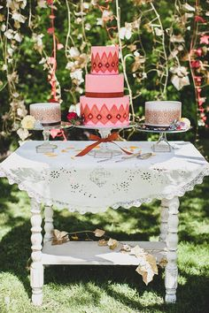 rustic bohemian cake table ideas styled by Simply by Tamara Nicole. Jaquilyn Shumate Photography, Honey Crumb Cake Studio