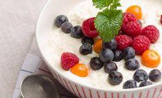 Pyöräytä jälkkäriksi jäätelörisotto   Pippuri.fi   Iltalehti.fi Sweet Tooth, Oatmeal, Pudding, Ice Cream, Baking, Eat, Breakfast, Desserts, Food