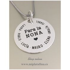 0a1076b69ae9 Colgante de Medalla y cordón en plata de ley grabado personalizado como tu  desees.